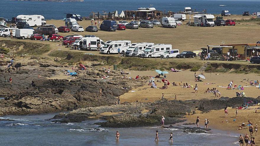 La ordenación del entorno de la playa de Verdicio obliga a expropiar dos hectáreas