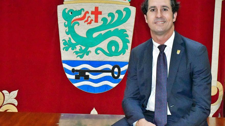 El PP acusa al alcalde Marco González de ser «el peor enemigo» de Puerto de la Cruz