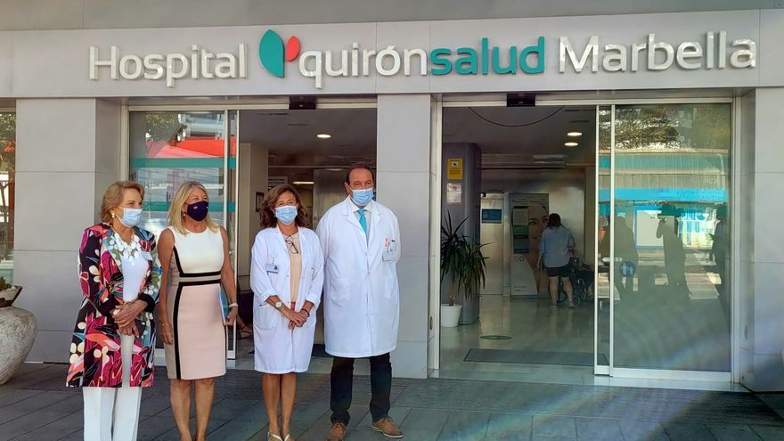 El hospital Quirónsalud Marbella recibe la visita de la alcaldesa Ángeles Muñoz