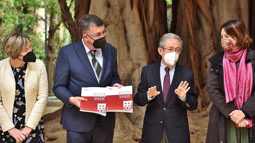 El Síndic de Greuges suspende a la Administración en el año del covid