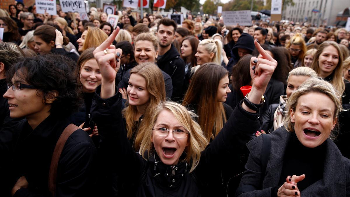 Protestas contra la ley del aborto en Polonia.