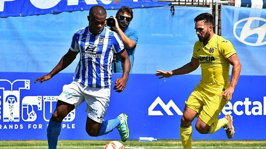 Xavi Calm: «El penalti a Afonso ha sido claro, no buscaba disputar la pelota»