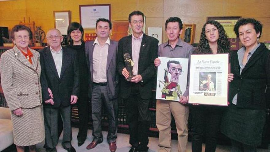 Xuacu Amieva: «Hago extensible este premio a todos los que trabajaron por la música asturiana»