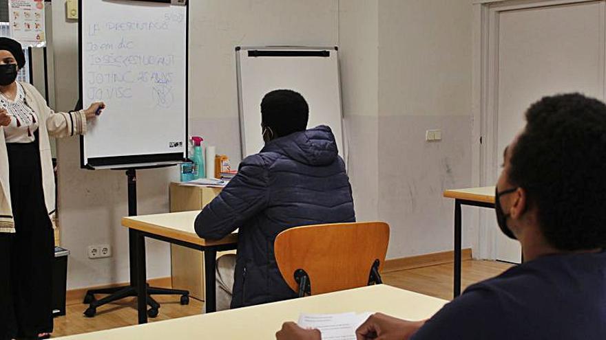 Engega el projecte Catalitza a La Kampana amb una quinzena de joves d'entre 16 i 20 anys