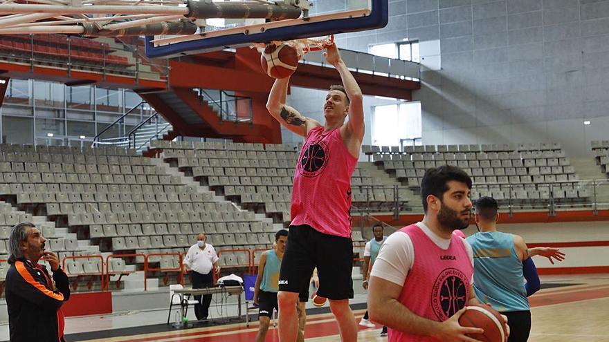 Así prepara el Círculo Gijón Baloncesto su intento de llegar a LEB Oro: Ansiedad ante el partido de su vida