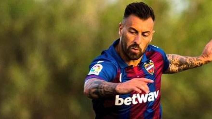 Antonio Luna refuerza el lateral izquierdo del Rayo