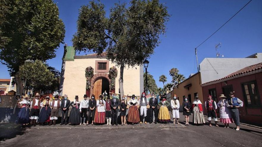 Los laguneros trasladan la fiesta por la Romería de San Benito a sus casas