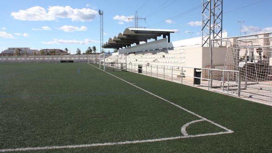 Almassora licita el bar del campo de fútbol para cuatro años