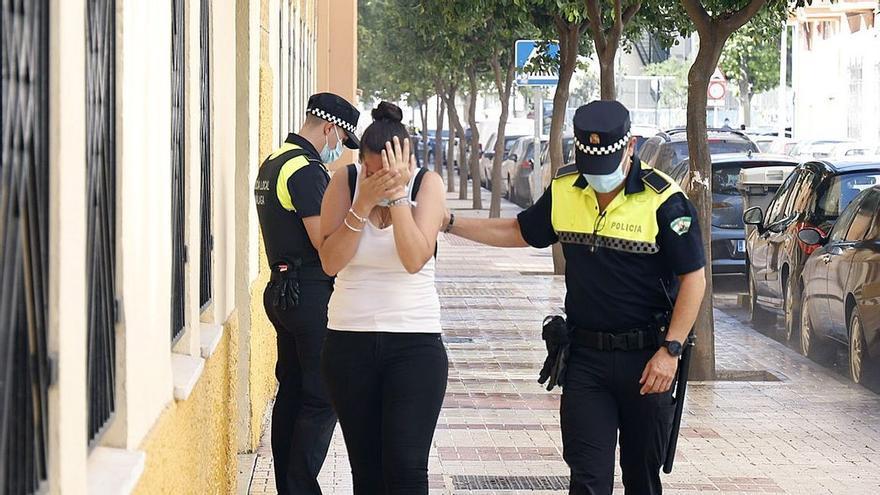 """Crimen en Málaga: """"Lo vi correr con la escopeta en la mano y escuché los disparos"""""""