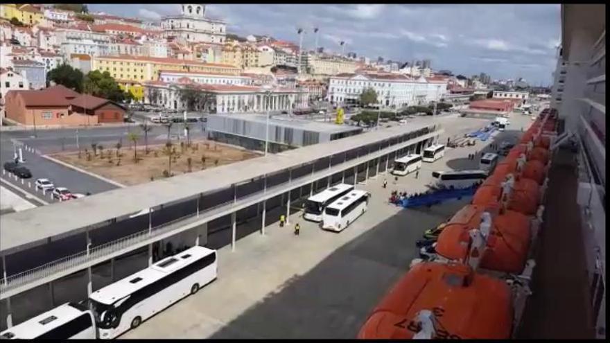 Un matrimoni rosinc espera ser repatriat aviat d'un creuer a Lisboa