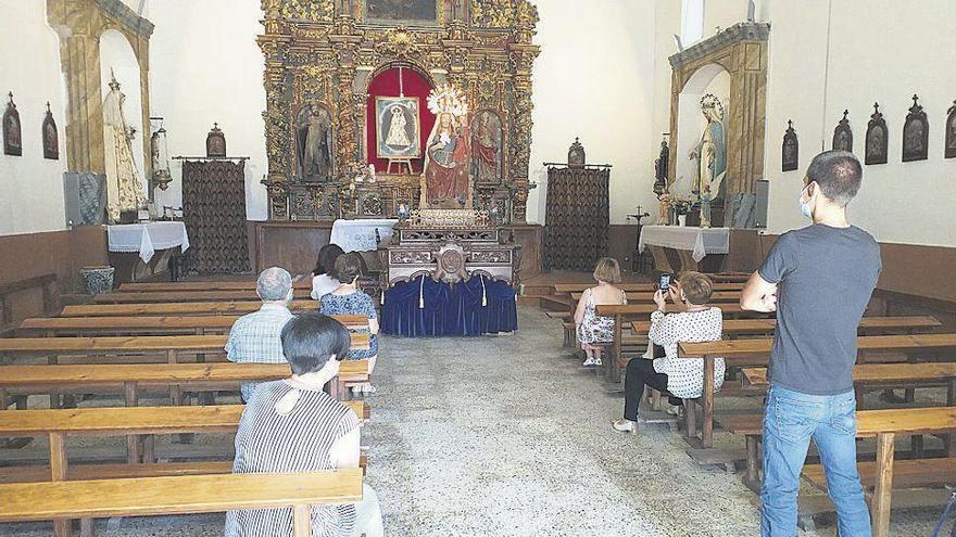 Veneración a la imagen de La Antigua en Fuentesaúco