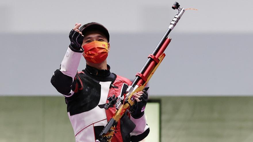 China se adjudica el oro en el rifle de aire 10 metros por equipos mixtos