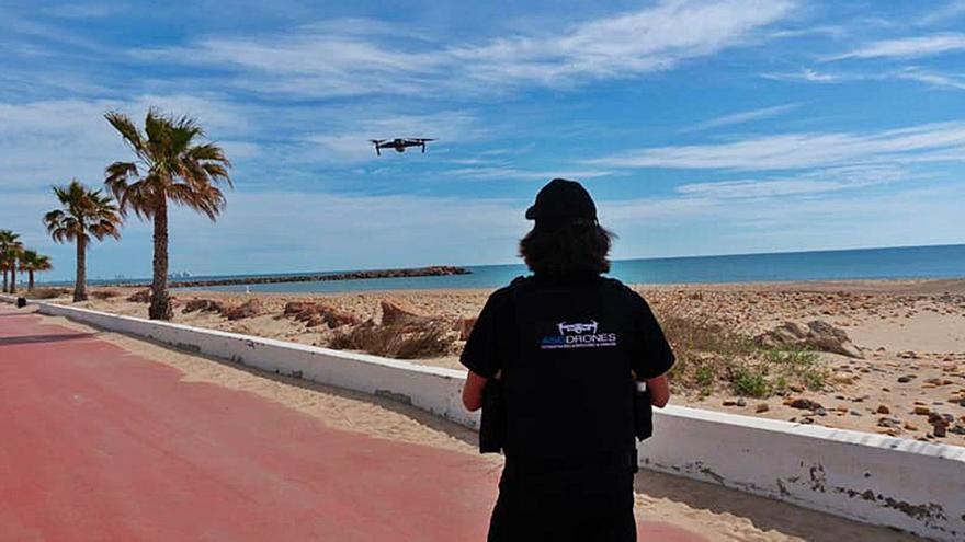 Control de aforo playero a vista de dron en El Puig