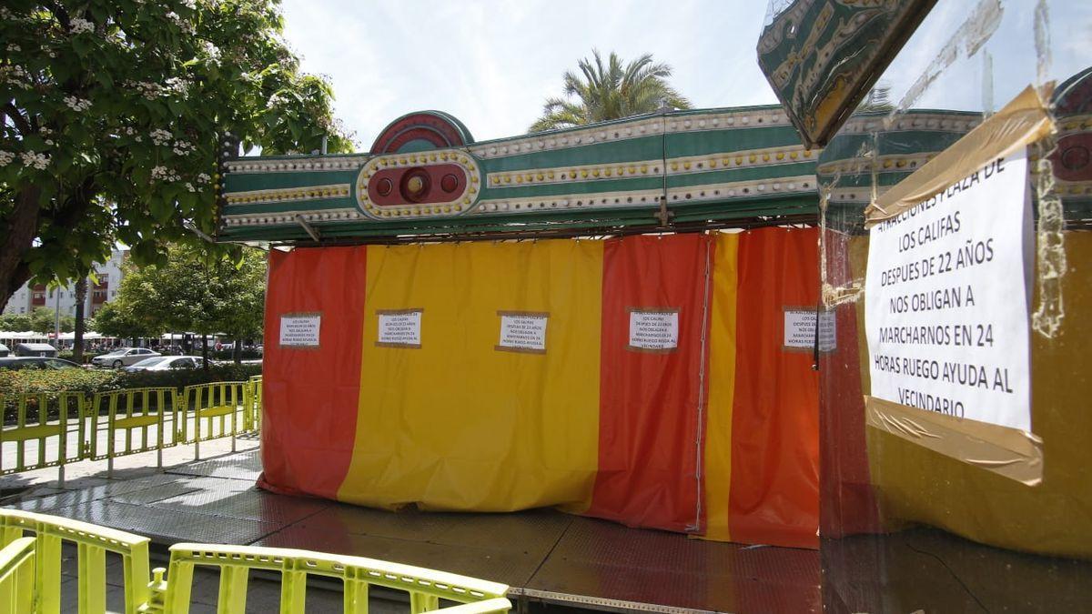 Atracciones instaladas en la plaza del Zoco.