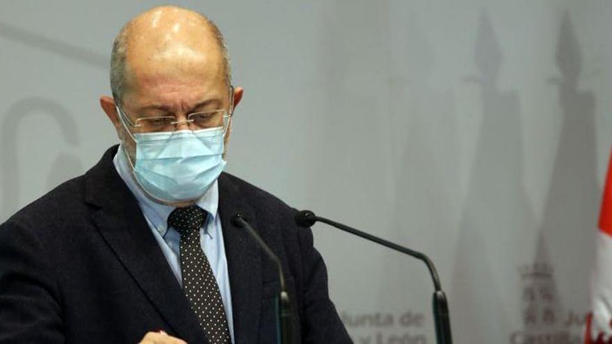Castilla y León prohíbe la movilidad entre provincias y adelanta el toque de queda a las 20.00 horas