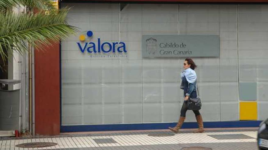 Valora cede a Alicante su base de datos y la atención al contribuyente