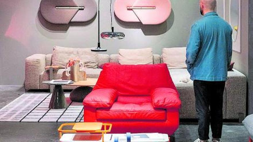El mueble,  la resistencia industrial