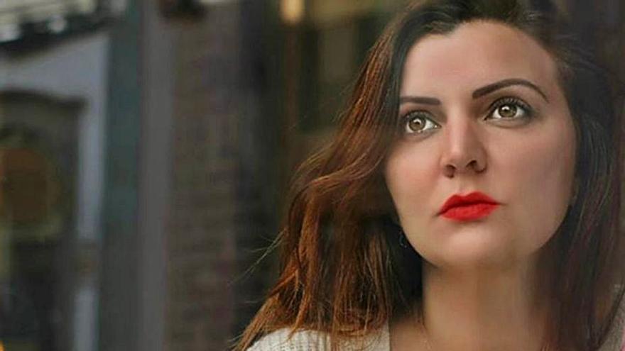 """Elizabeth López: """"El acoso escolar no cesa, va de la escuela a casa por las redes"""""""
