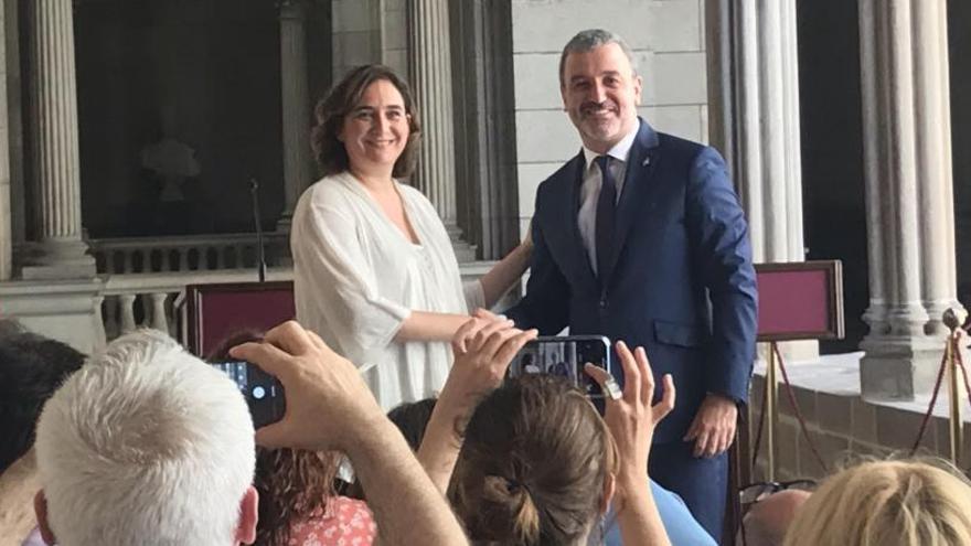 """Colau y Collboni acuerdan un gobierno """"fuerte y estable"""" en Barcelona"""