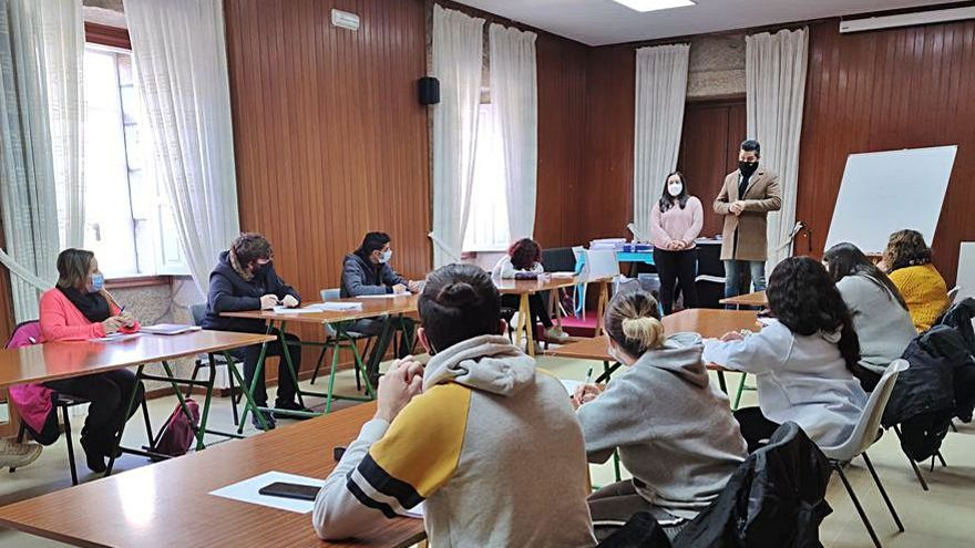Arranca el curso para obtener la ESO en Ponte Caldelas