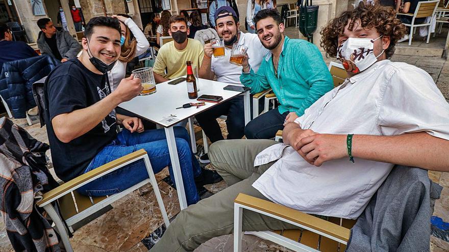 El paro baja en 1.000 personas pero la provincia de Alicante tiene 36.000 desempleados más que antes del covid