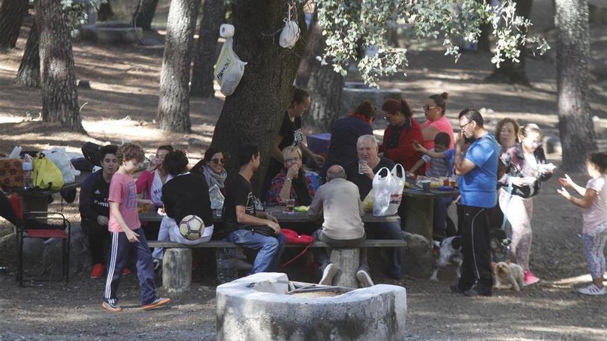 El Ayuntamiento avisa de que los peroles de san Rafael solo se podrán realizar en Los Villares