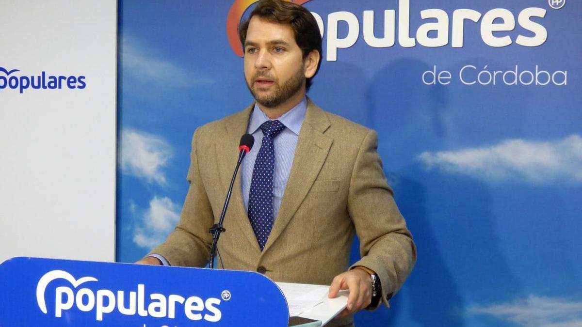 Fernando Priego, alcalde de Cabra y senador popular por Córdoba.