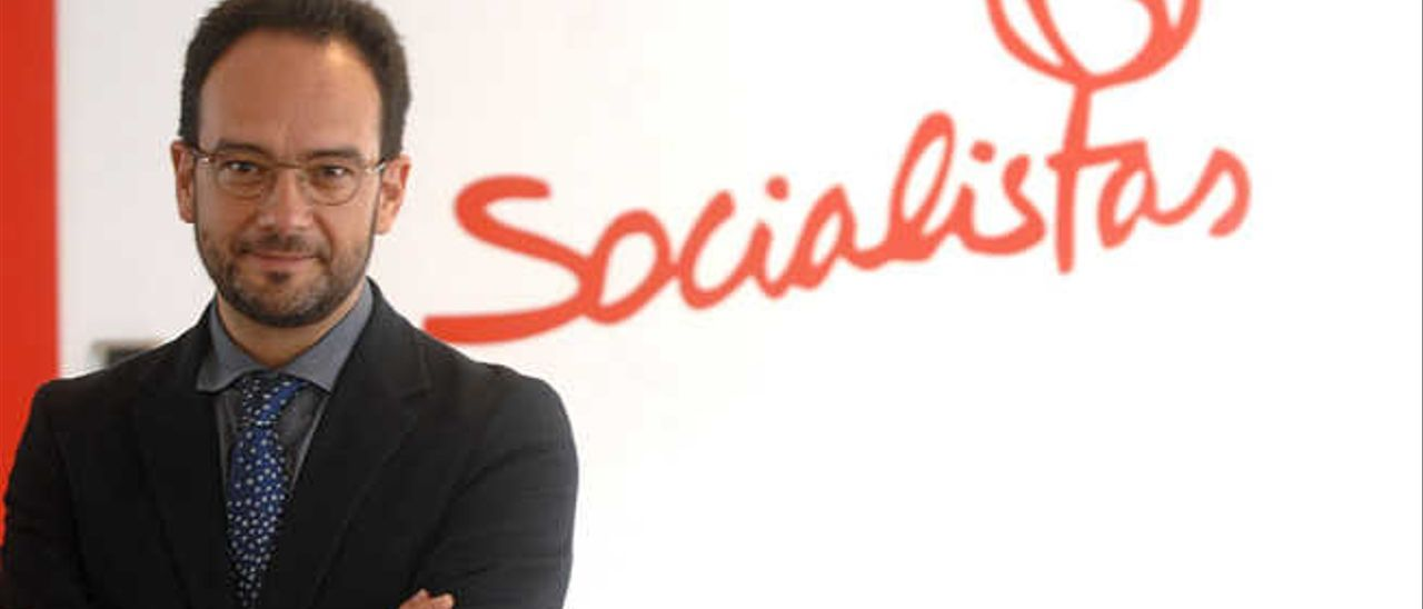 El PSOE fuerza en el Congreso  la negociación del REF económico