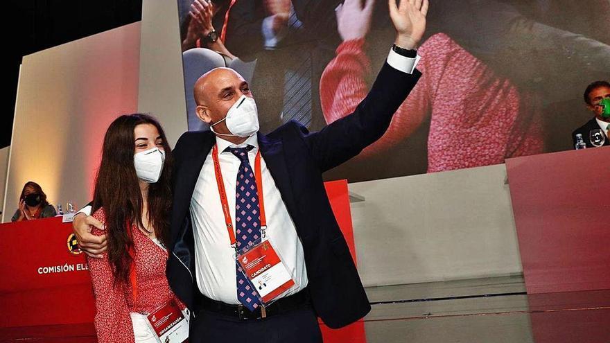 Luis Rubiales, que fue reelegido presidente, ambiciona el Mundial