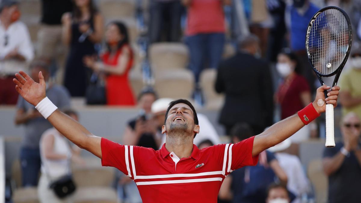 Novak Djokovic conquista París