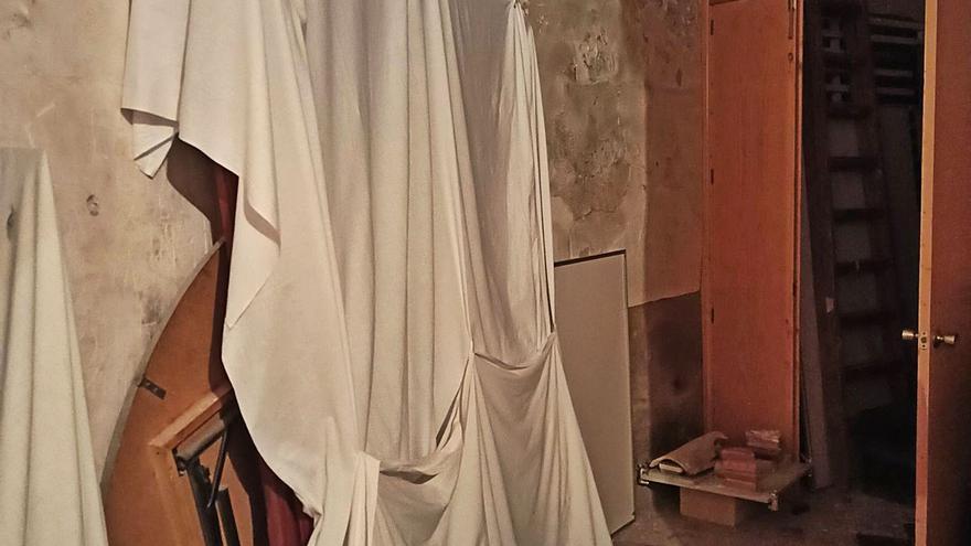 La Iglesia de Sant Joan mantiene arrumbado en el trastero uno de sus retablos más valiosos