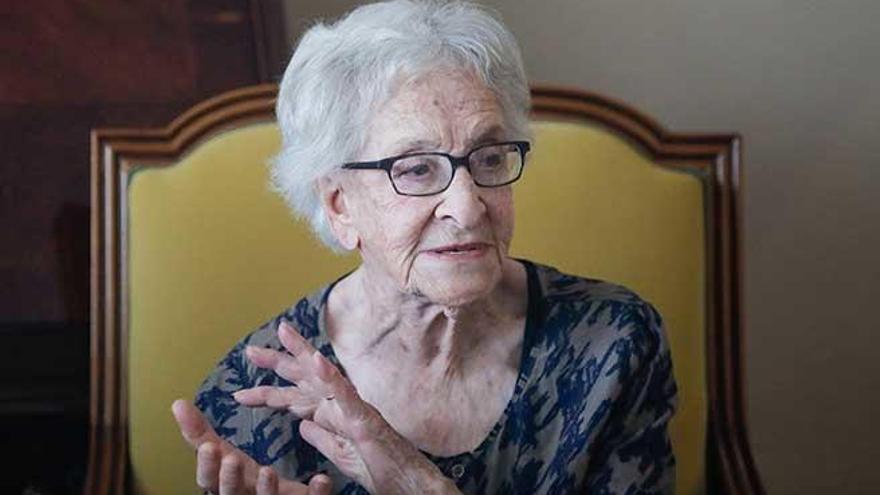 """Ida Vitale: """"Continúo con ganas de escribir"""""""