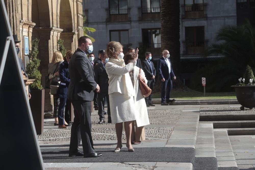 La Reina, Doña Sofía, a su llegada a Oviedo