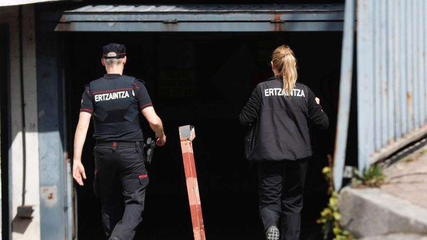 Detenido en San Sebastián tras atrincherarse en su domicilio con un arma y amenazar a un técnico de telefonía