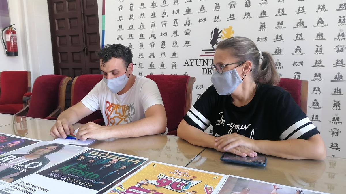 Tomás del Bien y Sara Pérez presentan el programa alternativo a las fiestas de San Agustín