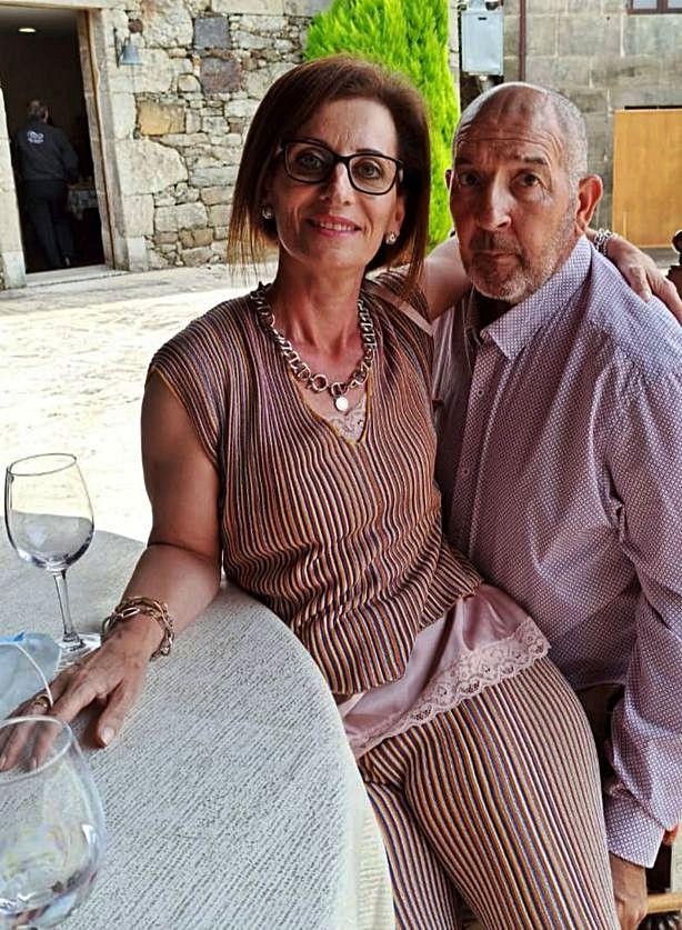 Concha Otero, junto a su marido, Juan.