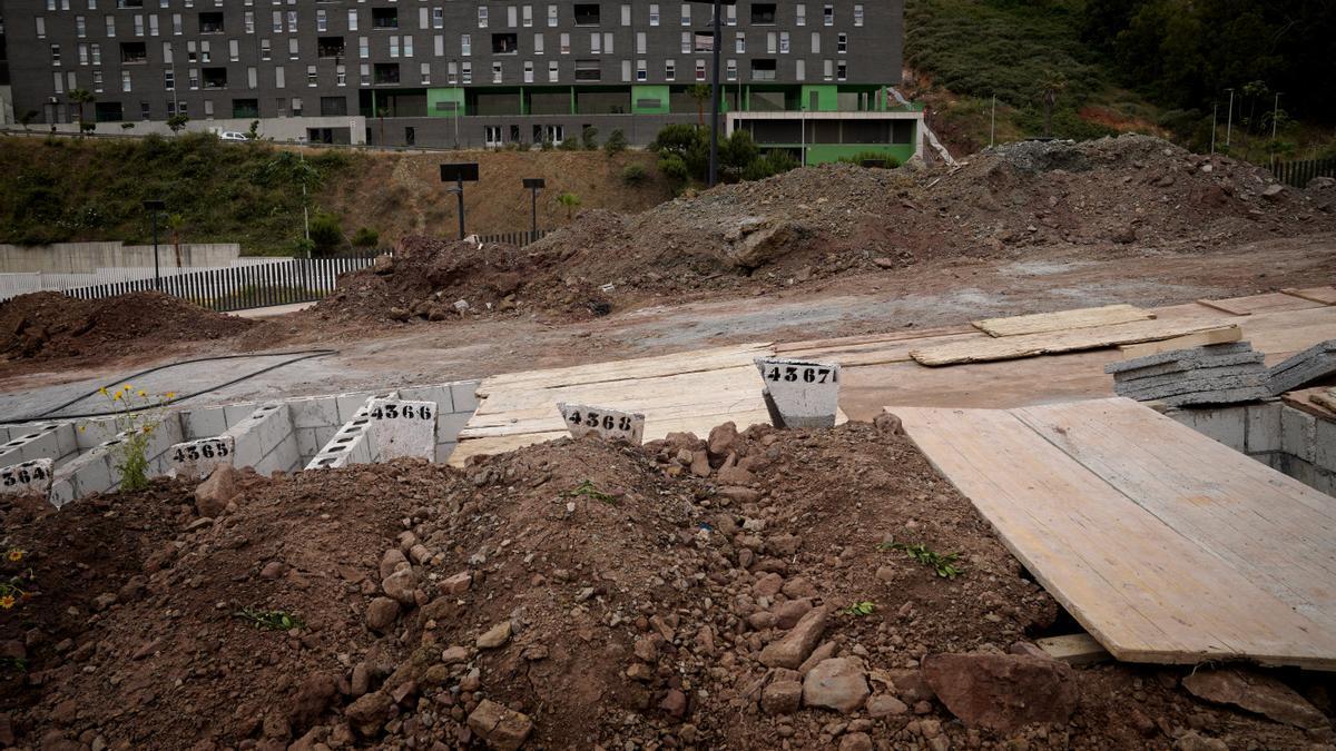 La crisis entre España y Marruecos en la frontera de Ceuta, en imágenes