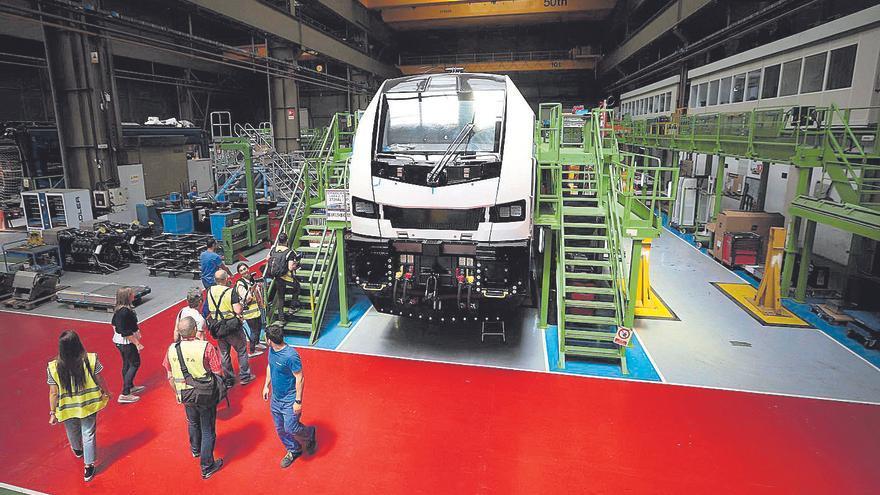 Renfe adjudica a la planta de Stadler en Albuixech 59 trenes por 998 millones