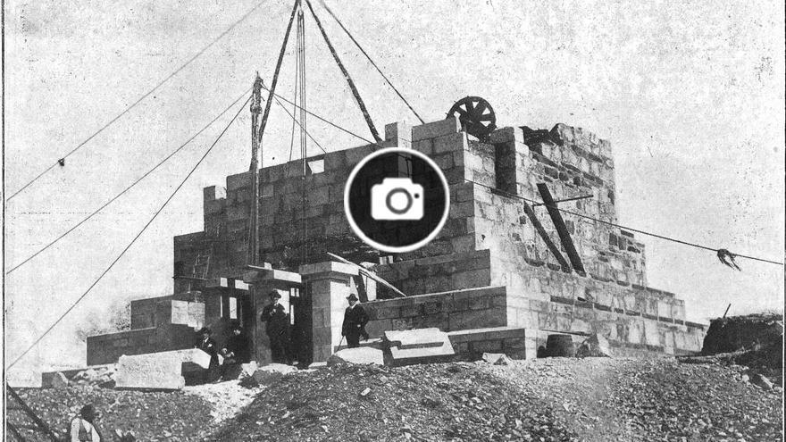 """Origen, derrumbe y reconstrucción de una """"insigne obra pétrea"""" para coronar la ría de Vigo"""