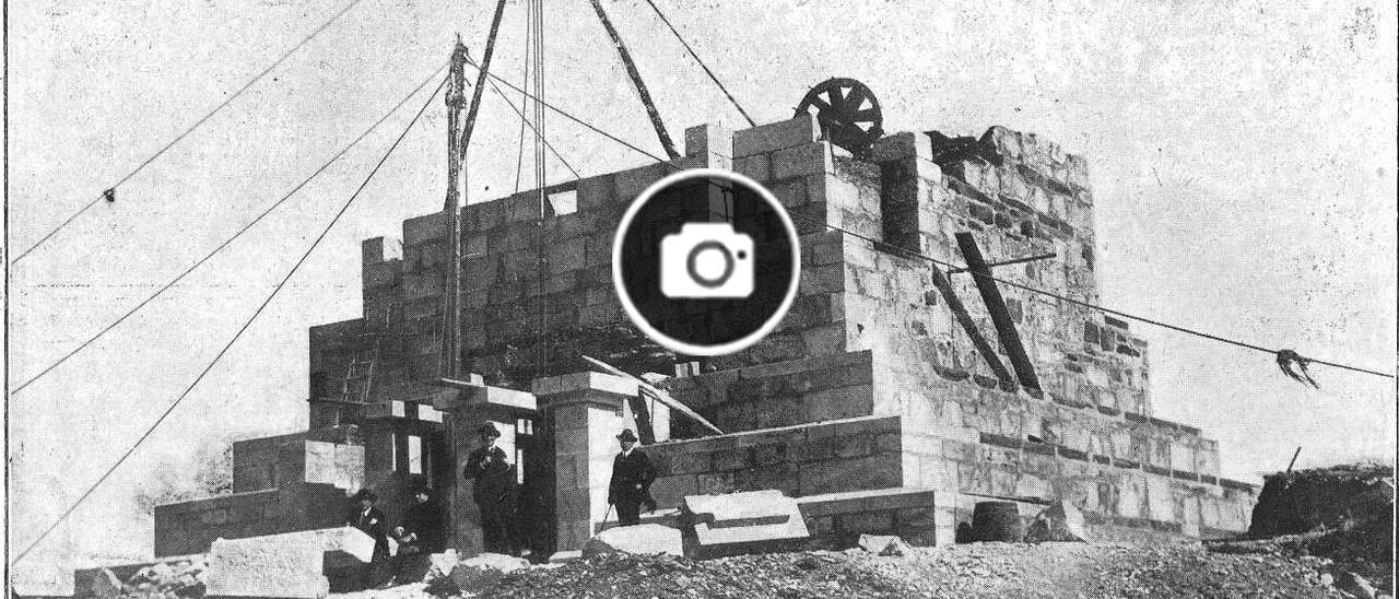 Imagen publicada en la revista 'Vida Gallega' en mayo de 1925 de la primera fase de las obras