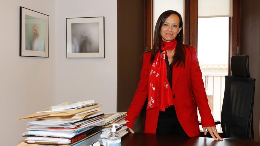 Beatriz Corredor: «Con los cables, la central térmica de Ibiza dejará de funcionar»