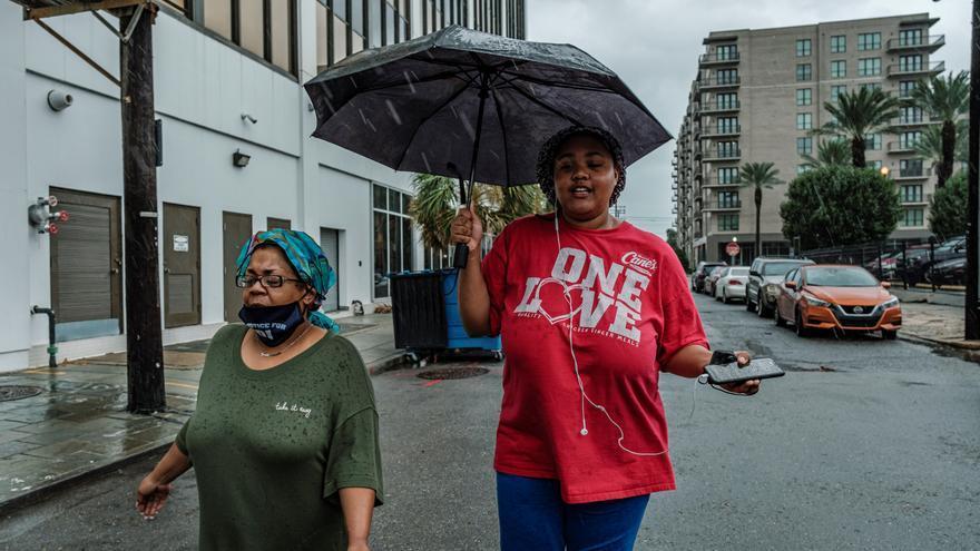 El huracán Ida golpea a Louisiana y amenaza a Nueva Orleans