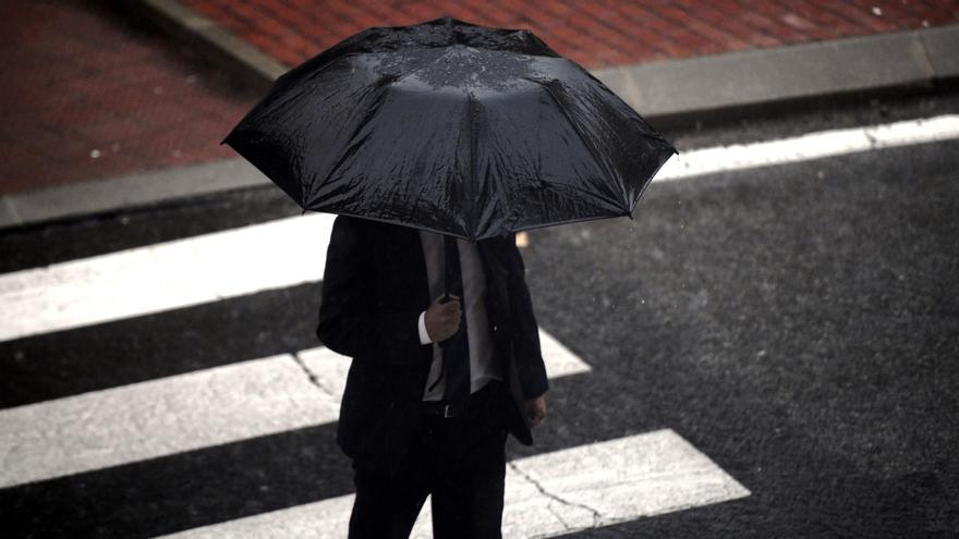 """La borrasca """"Alex"""" dejará temporal de lluvia y viento en Baleares"""