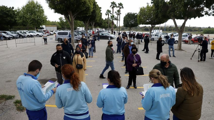 Un fallecido y 343 positivos en Málaga en las últimas 48 horas