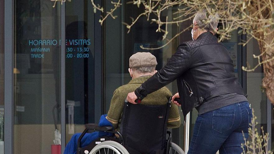 La Fiscalía pide que se refuerce la inspección en los centros de mayores