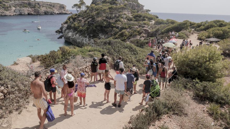 Und wenn man den Massen in der Instagram-Bucht von Mallorca die Parkplätze nimmt?