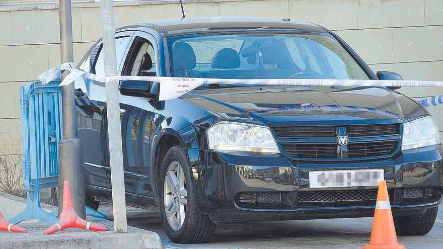 La Guardia Civil sospecha que el hombre disparó a la mujer a traición en Peguera
