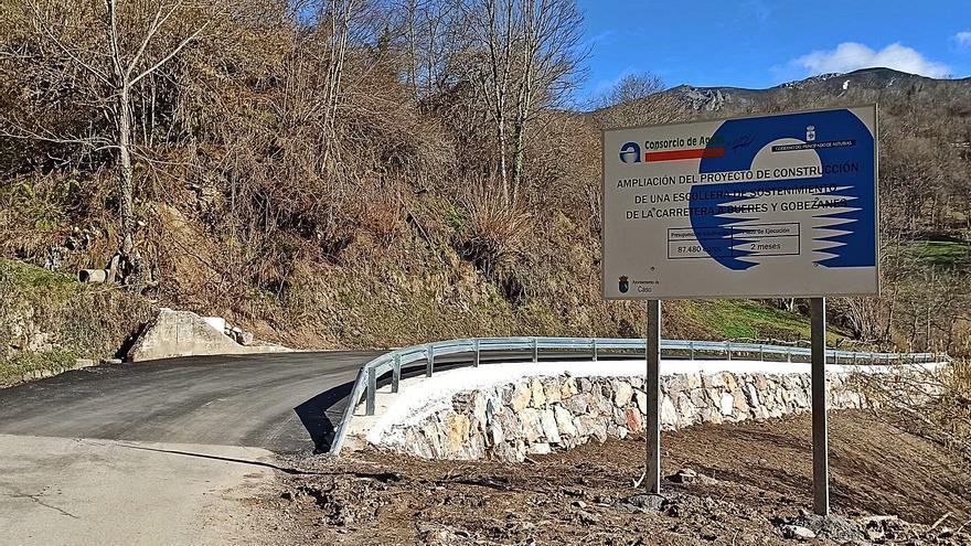 Finalizan las obras de la escollera de la vía de Abantro a Bueres, que costó 88.000 euros