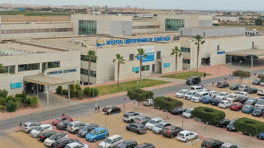 El TSJCV obliga a Ribera a cumplir con las normas de reversión del hospital de Torrevieja a tiempo
