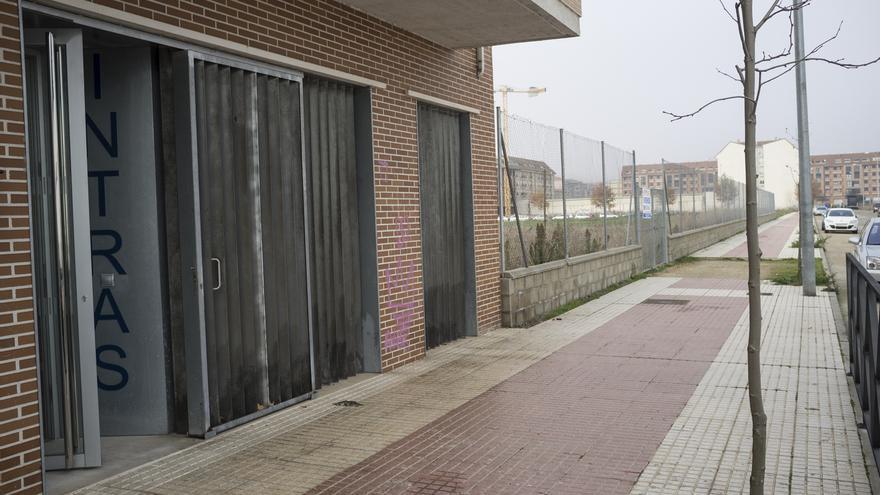 """Intras clausura en Benavente la primera fase del Programa Mixto """"Limpieza de superficies y mobiliario en edificios y locales"""""""